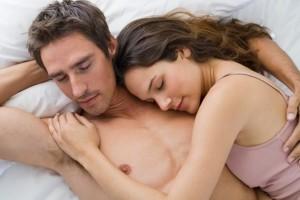 conoscere una coppia da come dorme