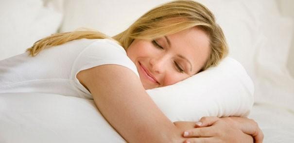 dormire in una stanza fredda fa bene alla salute